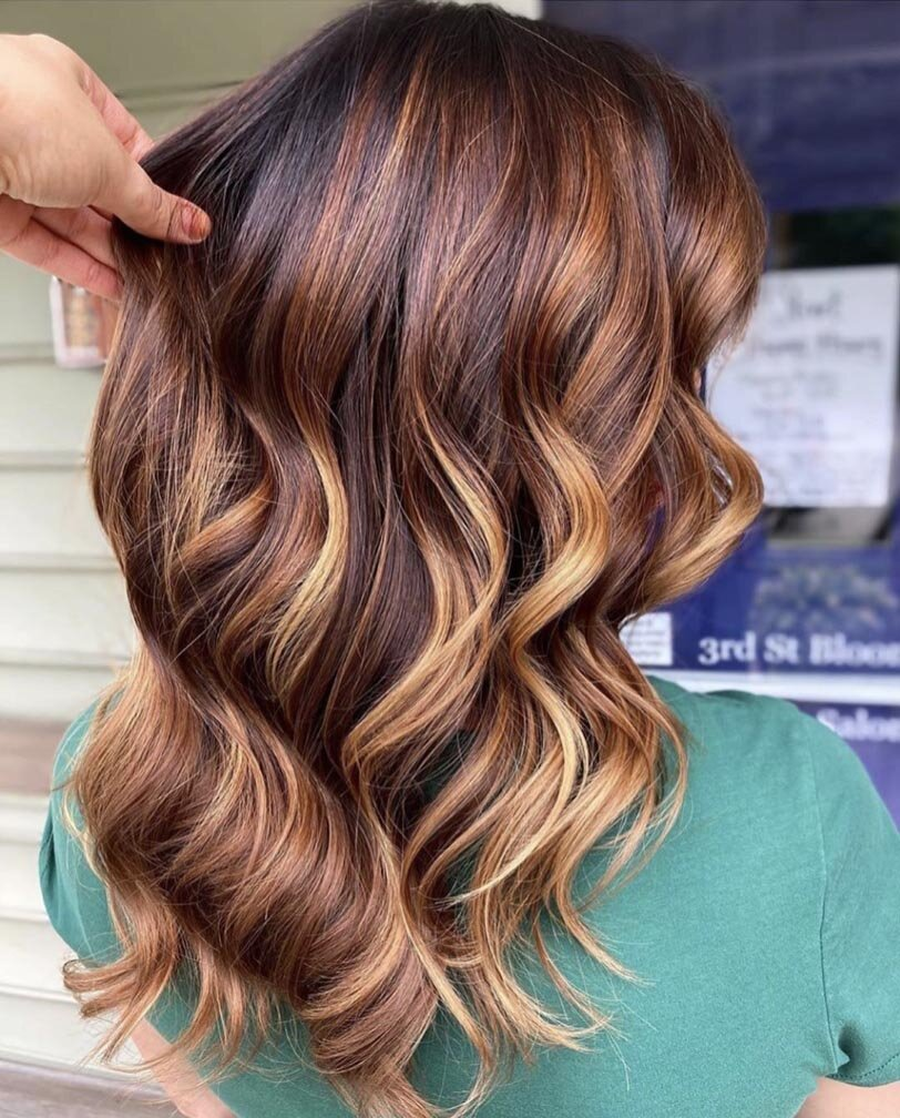 12 Flattering Hair Colors That Prove Balayage Is Perfect For Fall ...