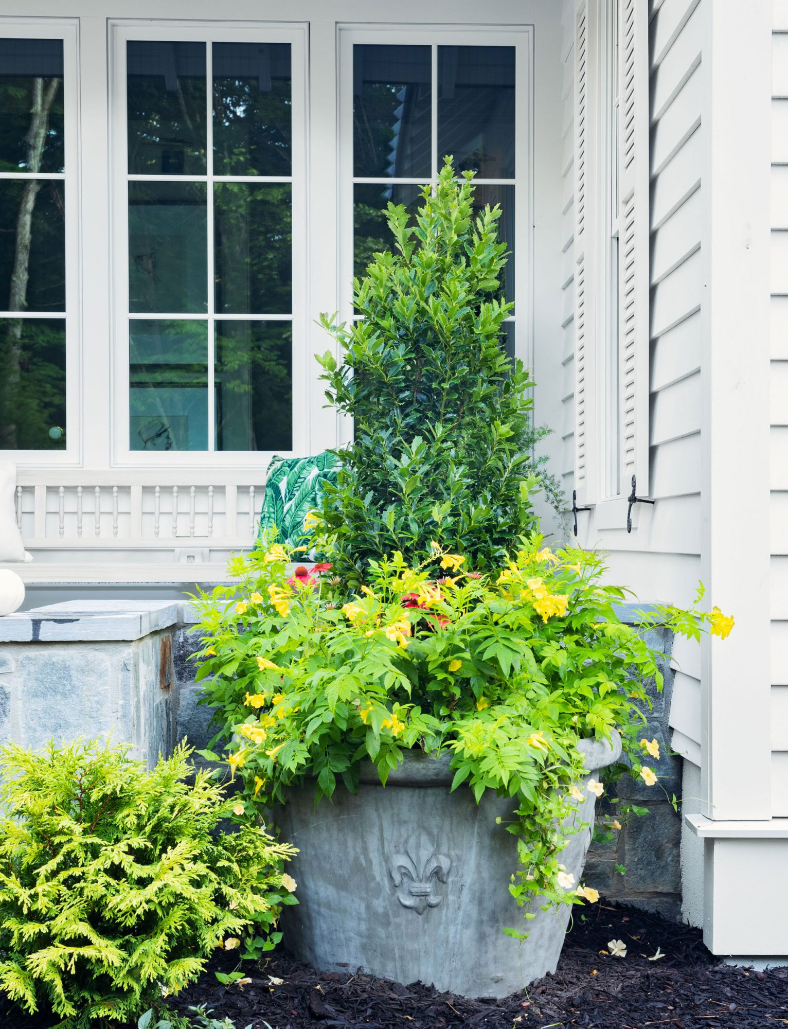 2020 Idea House Southern Living Plant Collection Container