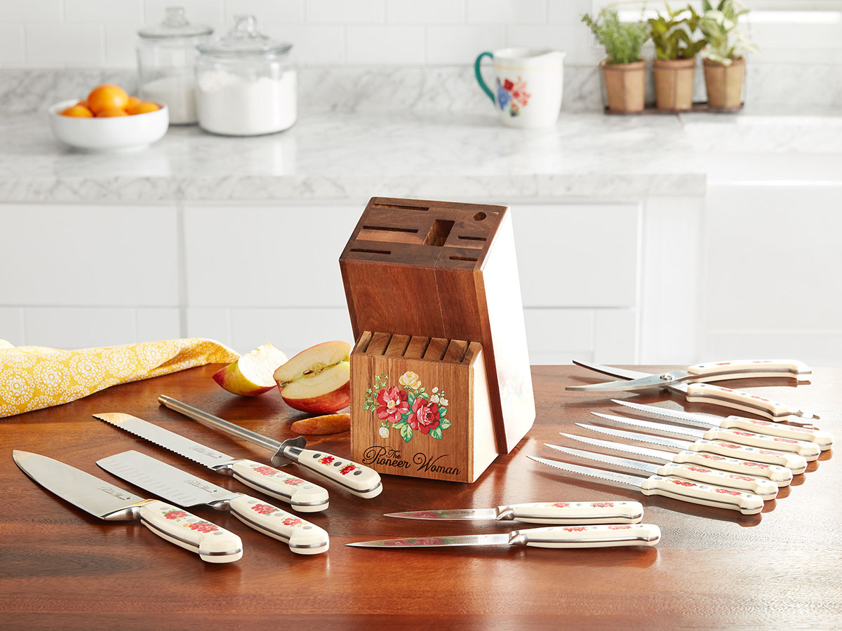 The Pioneer Woman Frontier Collection 14-Piece Cutlery Set with Wood Block