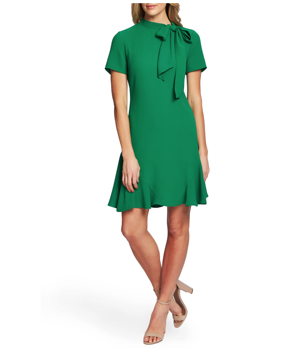 BUY IT: $90; nordstrom.comWe're calling it: emerald green, a ladylike bow, and a flounced hem are officially the holy trinity of holiday dresses.