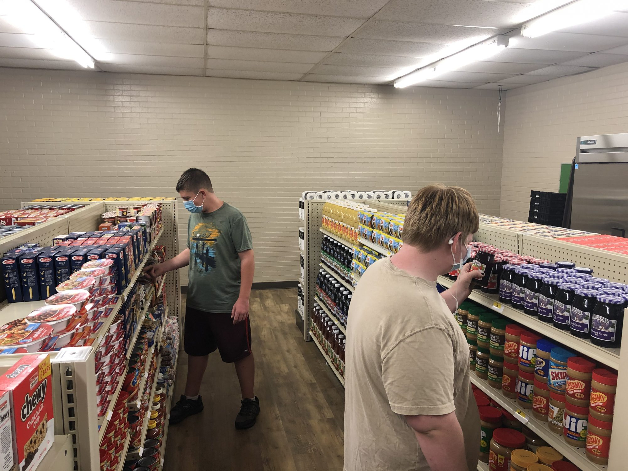 Linda Tutt High School Grocery Store