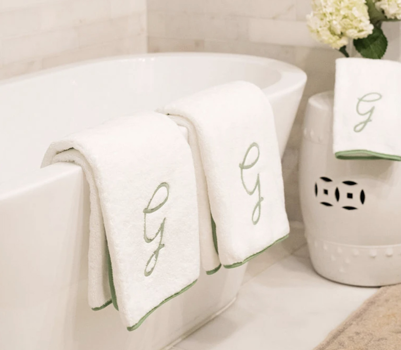Weezie Piped Edge Bath Towels