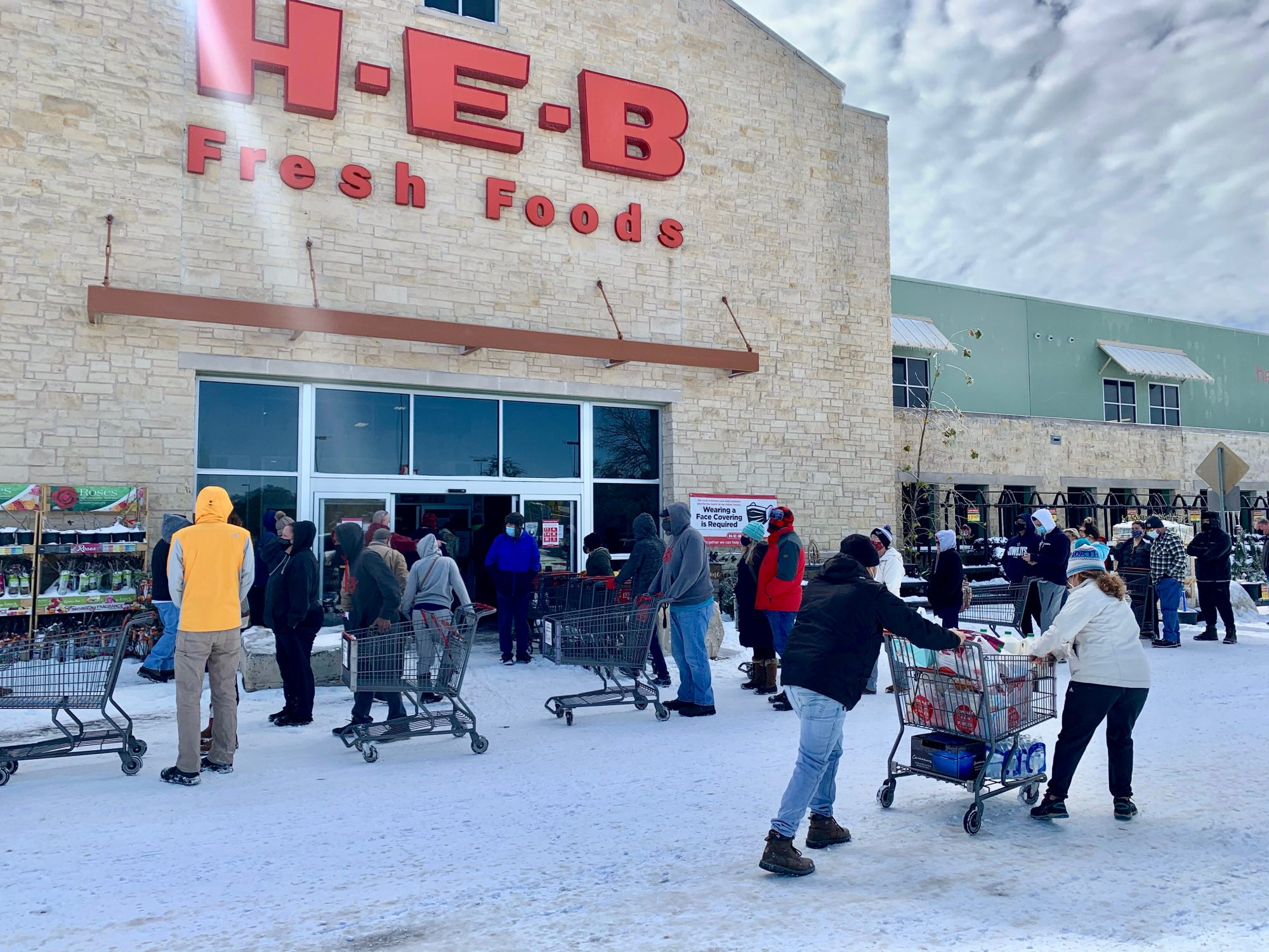 H-E-B Lost Power Free Groceries