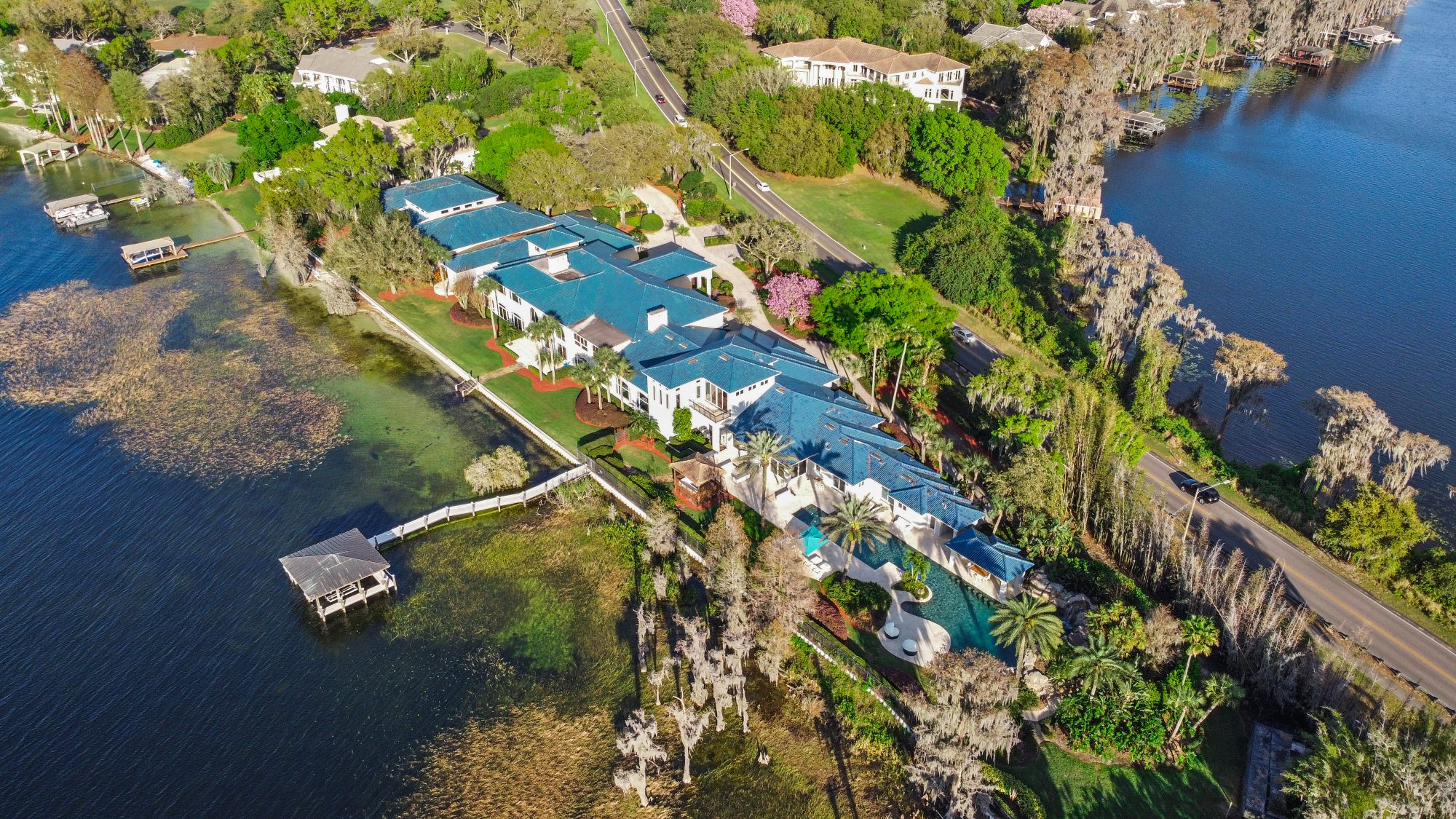SHAQUILLE O'NEAL'S FLORIDA MANSION 10