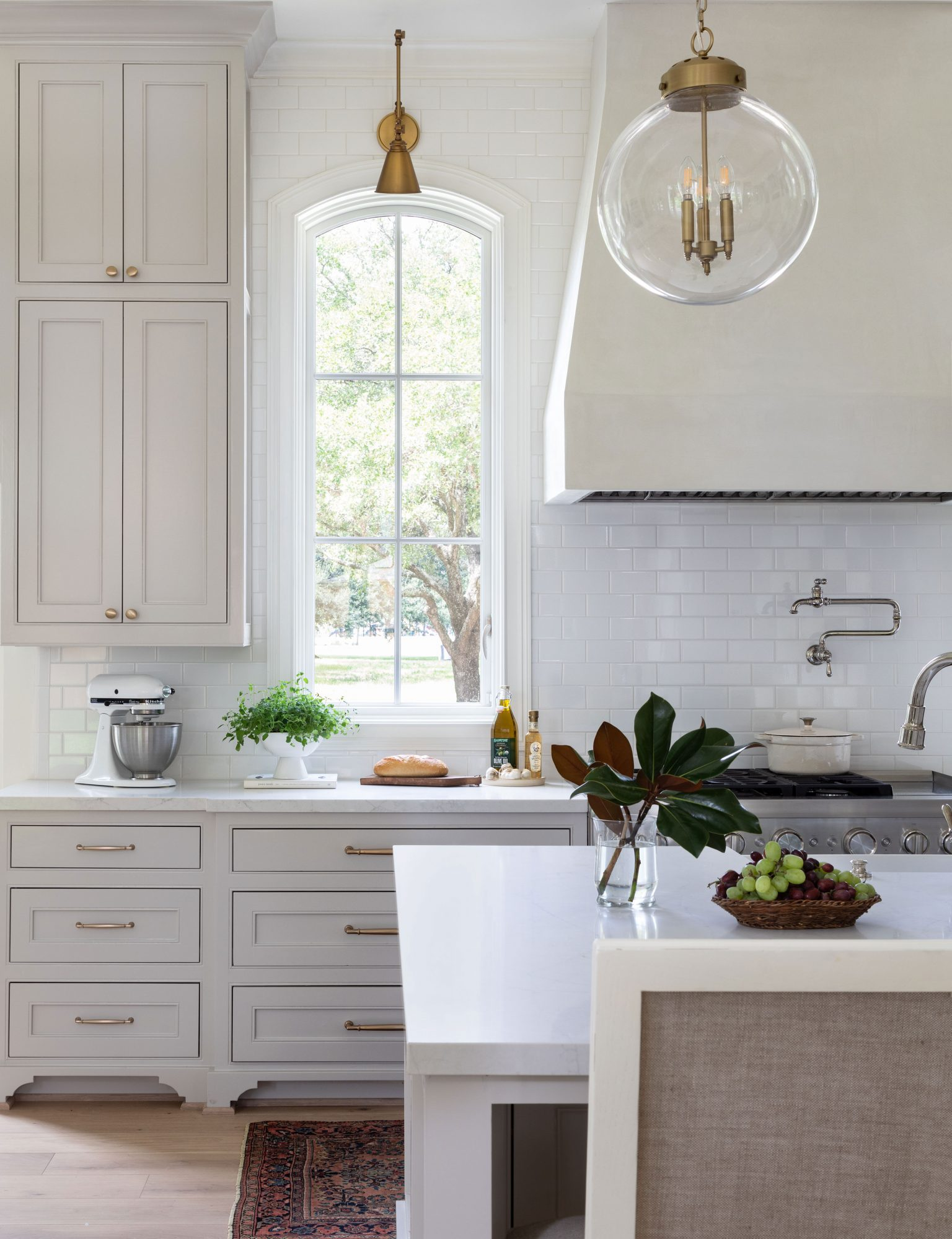 Kitchen with Anew Gray by Benjamin Moore Cabinets