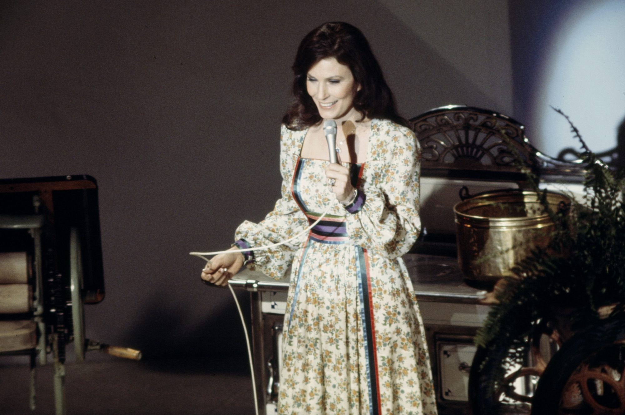 Loretta Lynn Appearing On 'The 1975 Academy Of Country Music Awards'