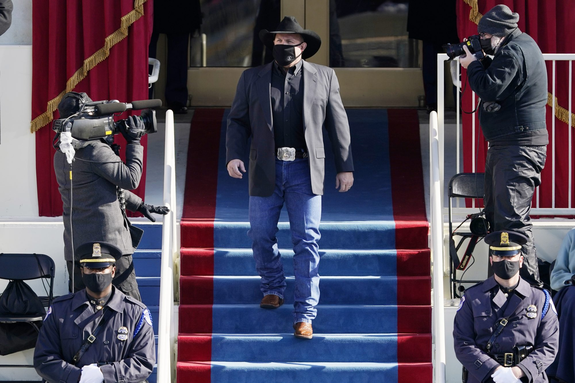 Garth Brooks arrives to sing Amazing Grace during the the 59th inaugural ceremony on the West Front of the U.S. Capitol on January 20, 2021 in Washington, DC.
