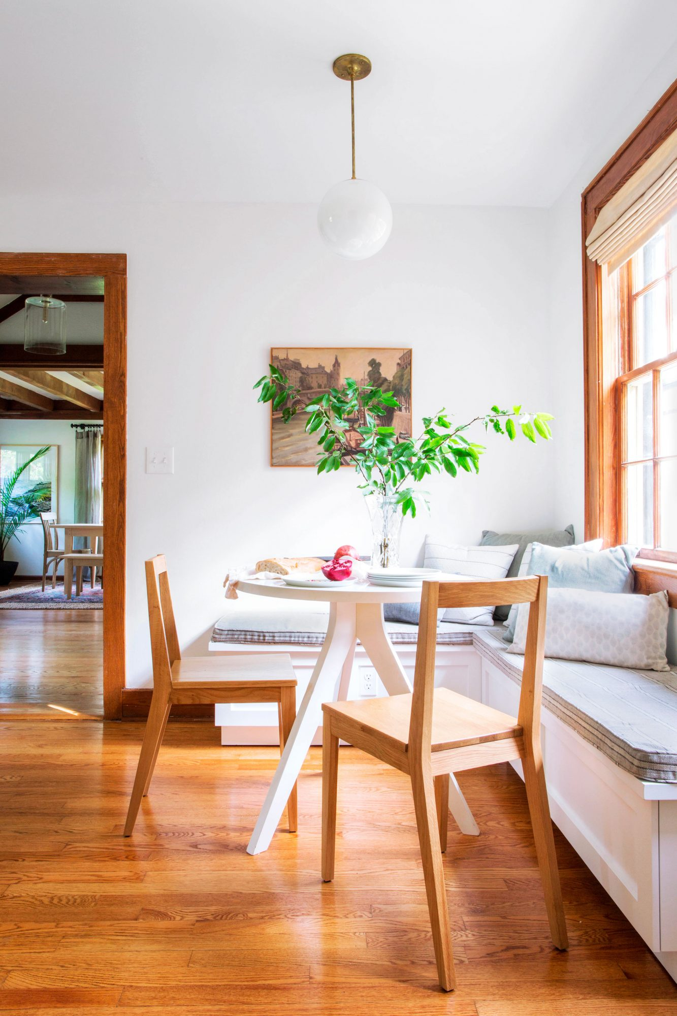 Breakfast nook with banquet seating