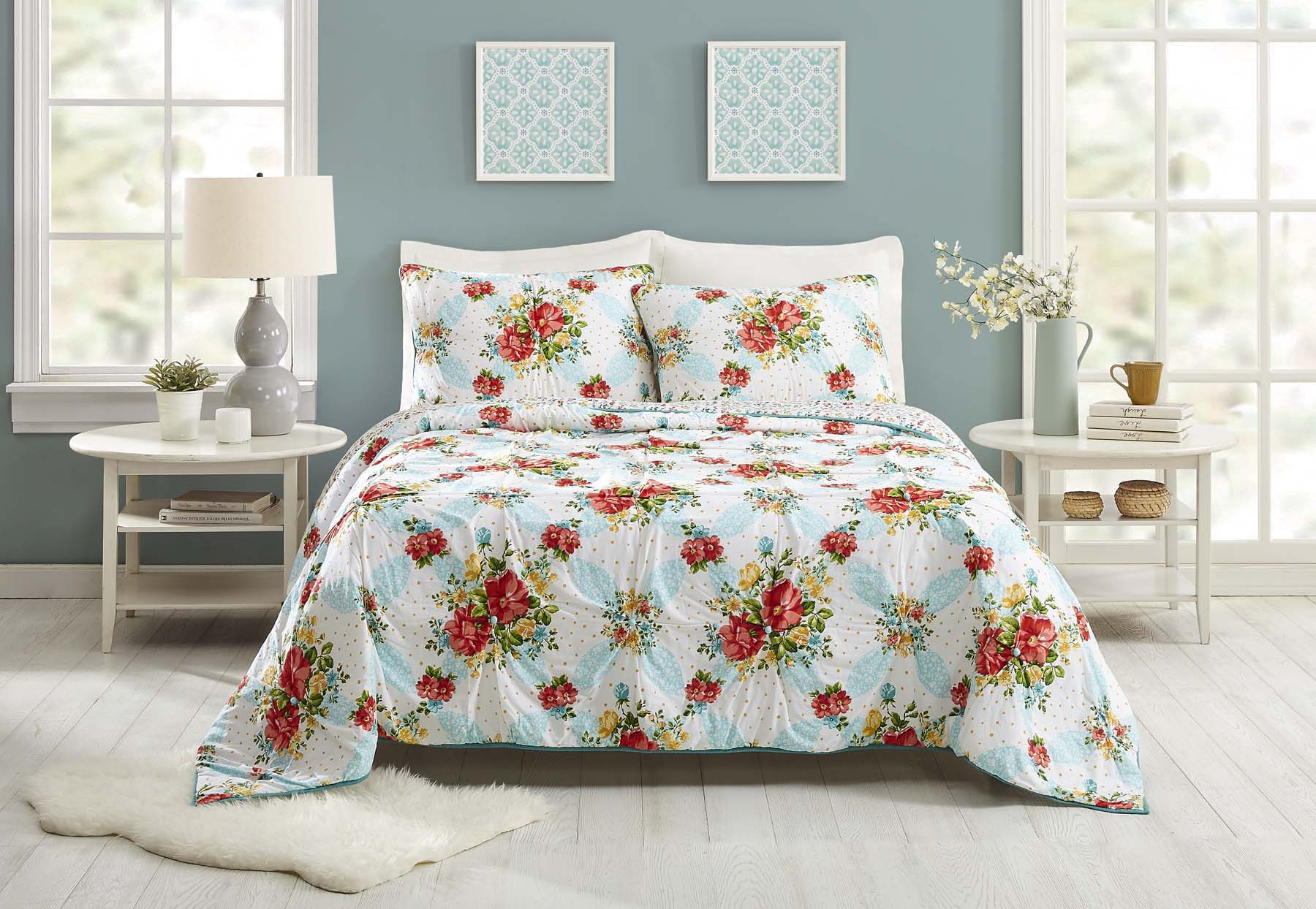 Pioneer Woman Bedding Collection