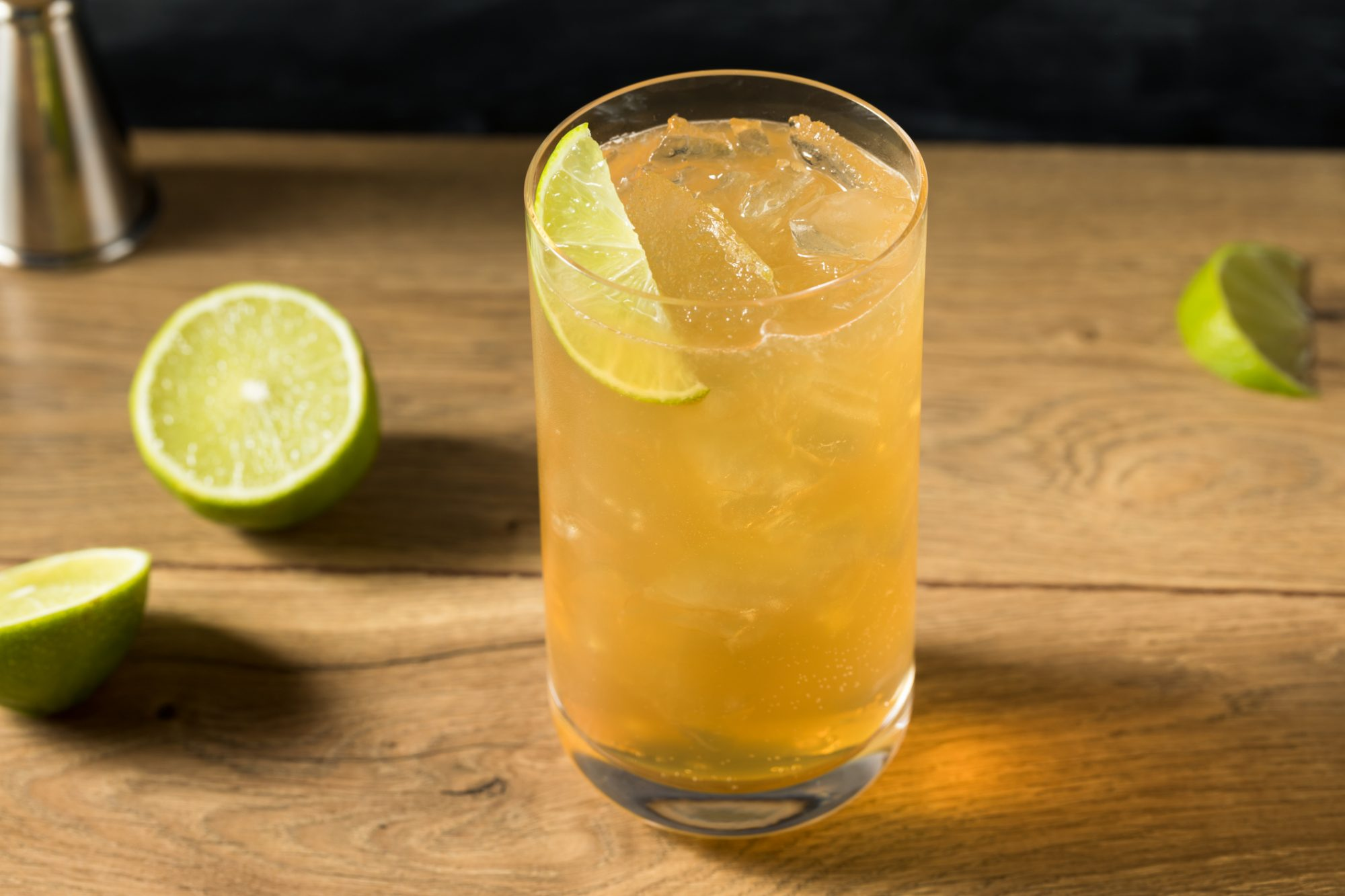 What Is a Kentucky Horsefeather? This Fizzy, Gingery Cocktail Is a Guaranteed Hit