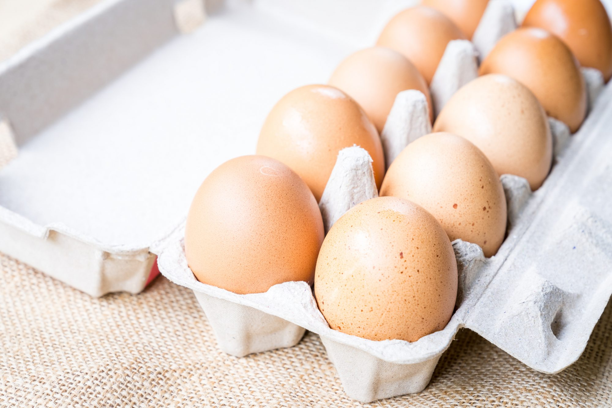 What Size Eggs Should You Use for Baking?