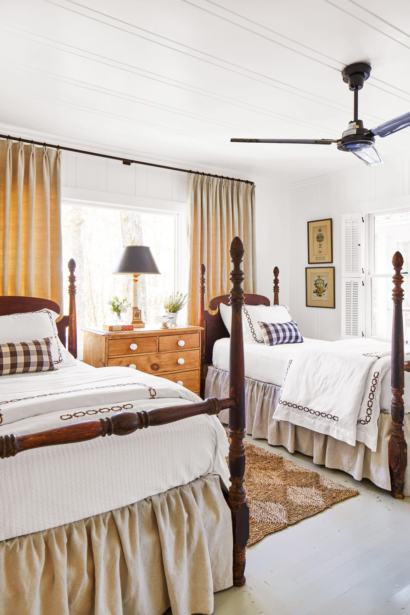 Mountain House Twin Bedroom with white walls