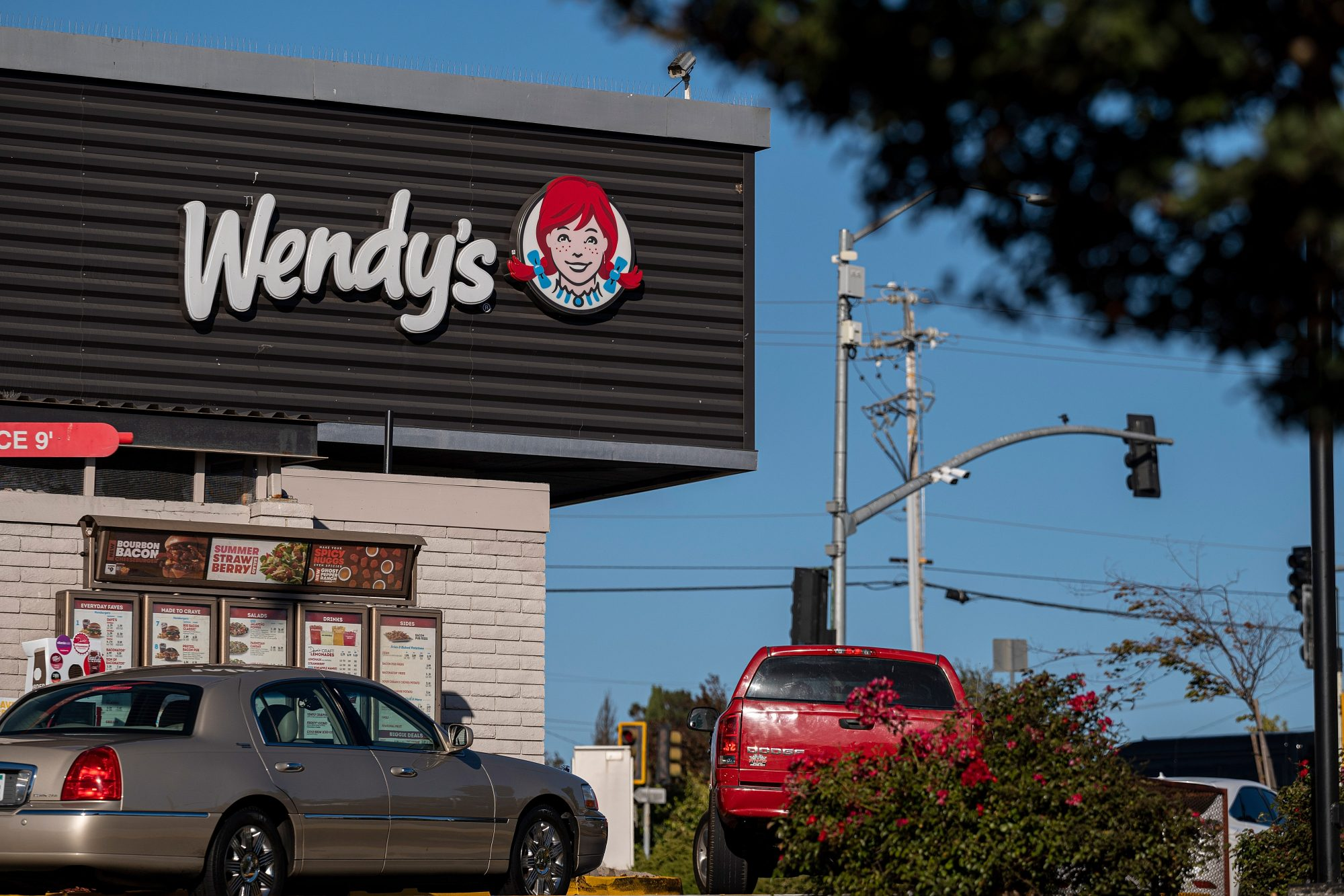 Wendy's Exterior Drive-thru Line with Cars