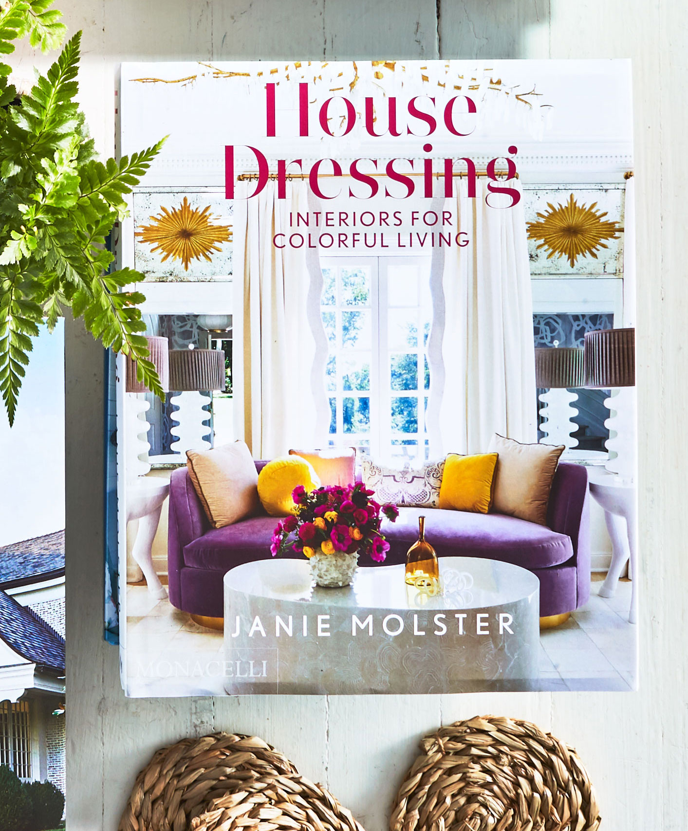 House Dressing: Interiors for Colorful Living