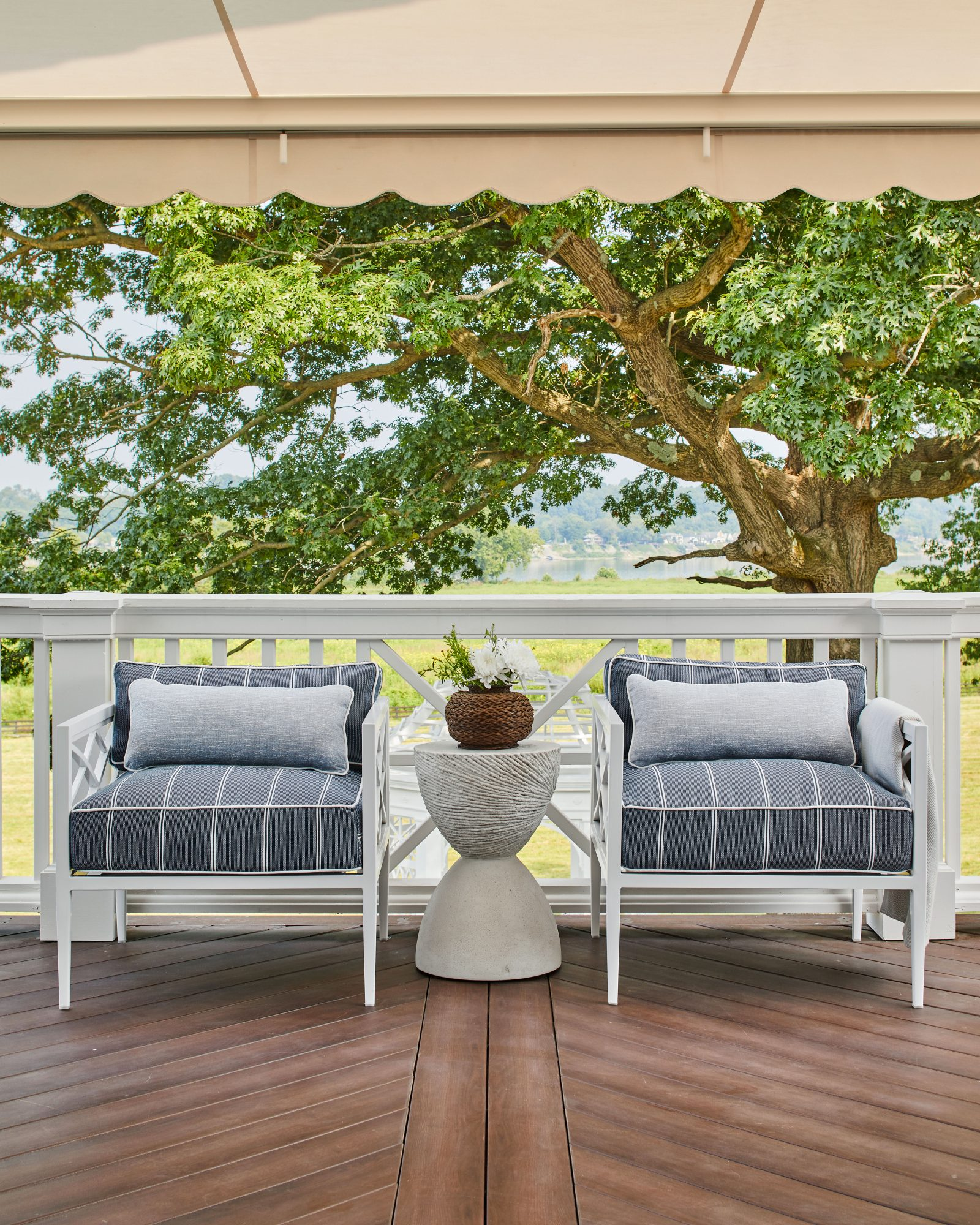 2021 Idea House Morning Deck Seating