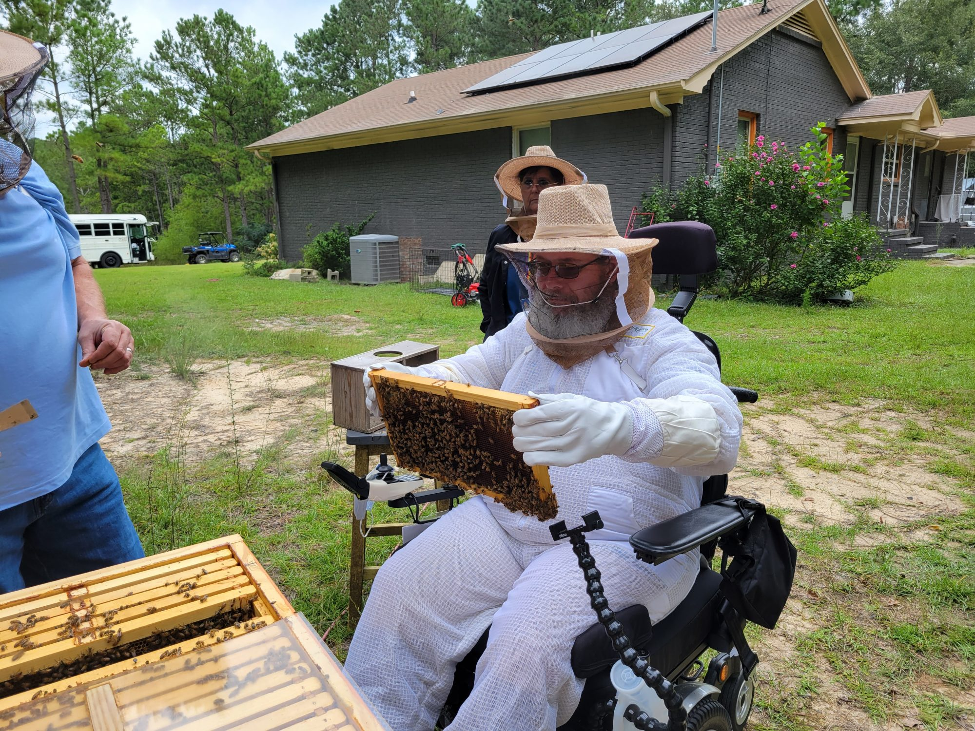 Project Victory Gardens Bee Keeping Veterans