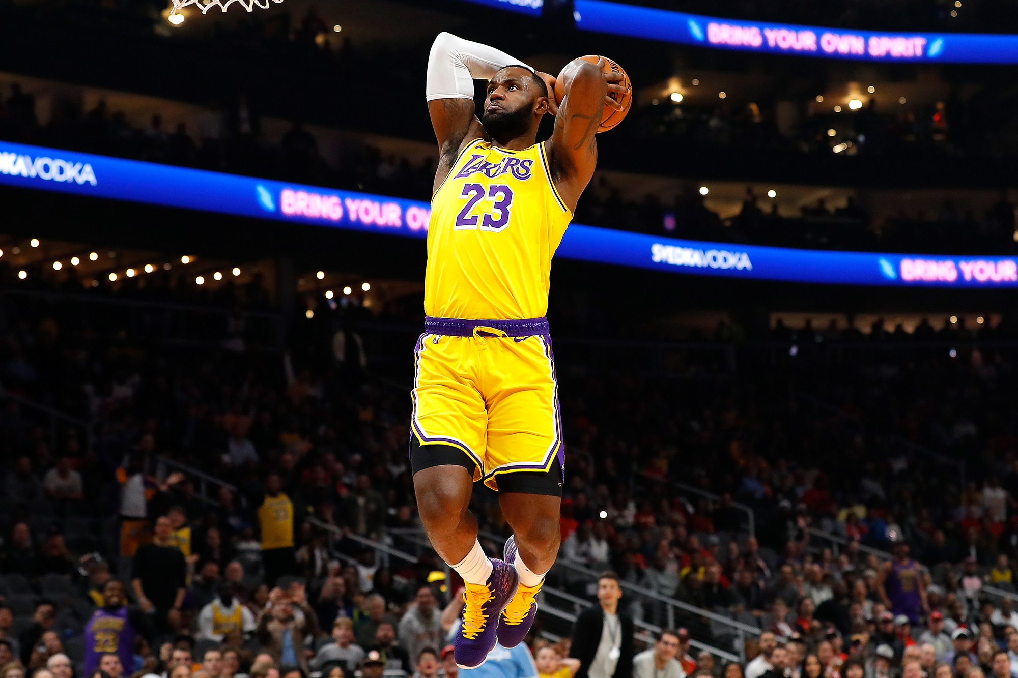 LeBron James #23 of the Los Angeles Lakers dunks against the Atlanta Hawks in the first half at State Farm Arena