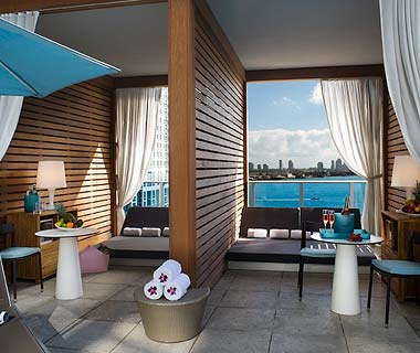 The Hottest Hotel Rooftop Bars: Miami: Magic City at the Epic Hotel