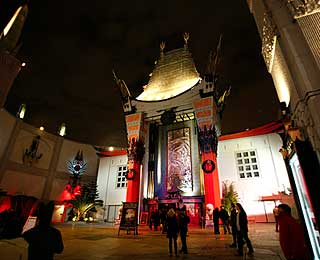 chinese-theater-200903-ss