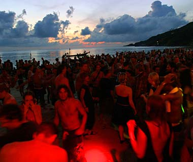 World's Top Nighttime Adventures: Attend a Full Moon Party
