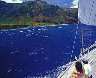 25 Great American Adventures: Hawaii Sailing and Snorkeling