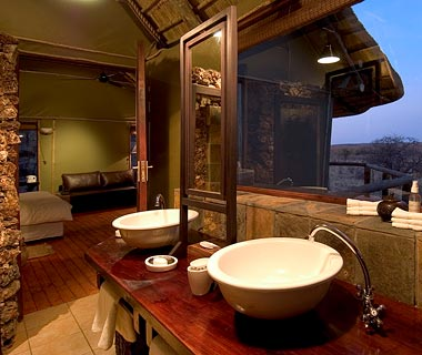Namibia's Top Safari Lodges: Ongava Lodge, Ongava Game Reserve