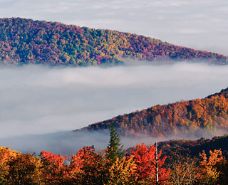 The World's Top 10 Aerial Tours: New England Autumn Foliage Flights, Maine