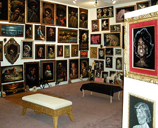 The World's Strangest Museums: Velveteria