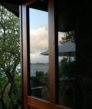 Bequia, St. Vincent & The Grenadines: Burke House