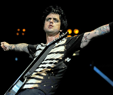 Worst Celebrity Air Rage Incidents: Billie Joe Armstrong