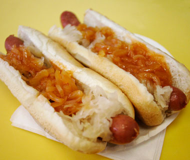 America's Best Hot Dogs: Gray's Papaya