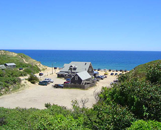 10 Great Waterside Restaurants: The Beachcomber, Wellfleet, Massachusetts