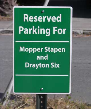 201010-w-funnysigns-parking