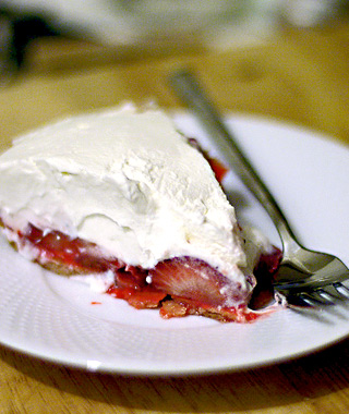 America's Best Pies: Strawn's Eat Shop's Strawberry Pie
