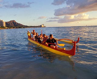"""Do-It-Yourself """"Amazing Race"""" Adventures: Outrigger Canoeing in Hawaii"""