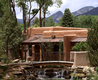 Easy Fall Weekend Getaways: Taos