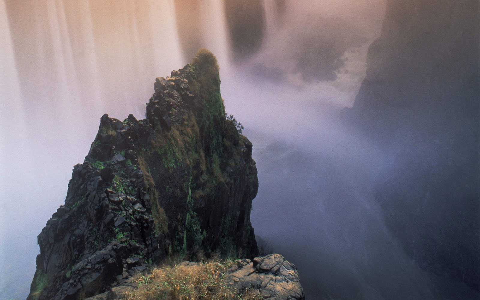 Best Life-Changing Trips: Victoria Falls