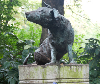 world's most controversial monuments: Brown Dog Statue, London