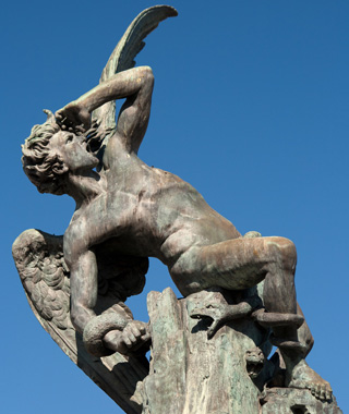 world's most controversial monuments: Fallen Angel, Madrid