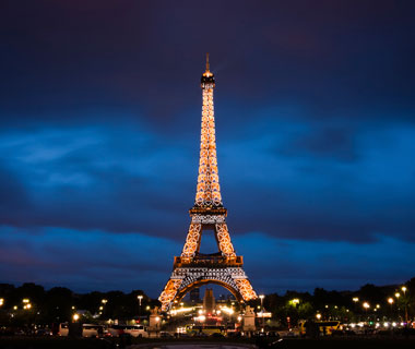 world's most popular landmarks: Eiffel Tower, Paris