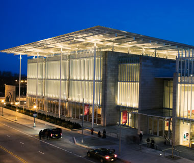 world's most popular landmarks: Modern Wing, Art Institute of Chicago