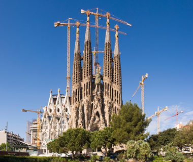 world's most popular landmarks: Sagrada Familia, Barcelona