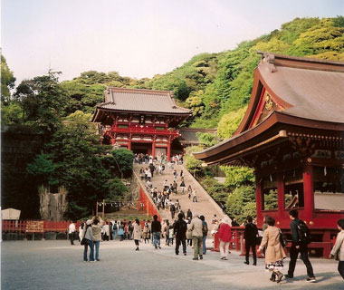 World's Most-Visited Sacred Sites: Tsurugaoka Hachimangu Shrine