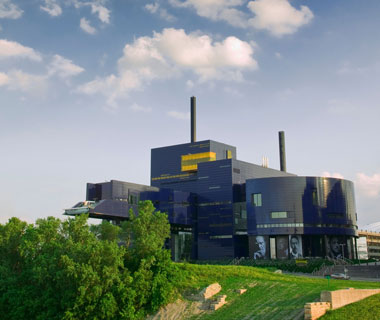 world's most popular landmarks: Guthrie Theater, Minneapolis