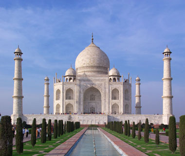world's most popular landmarks: Taj Mahal, India