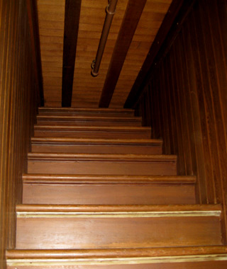 world's coolest staircases: Staircase to Nowhere, Winchester Mystery House