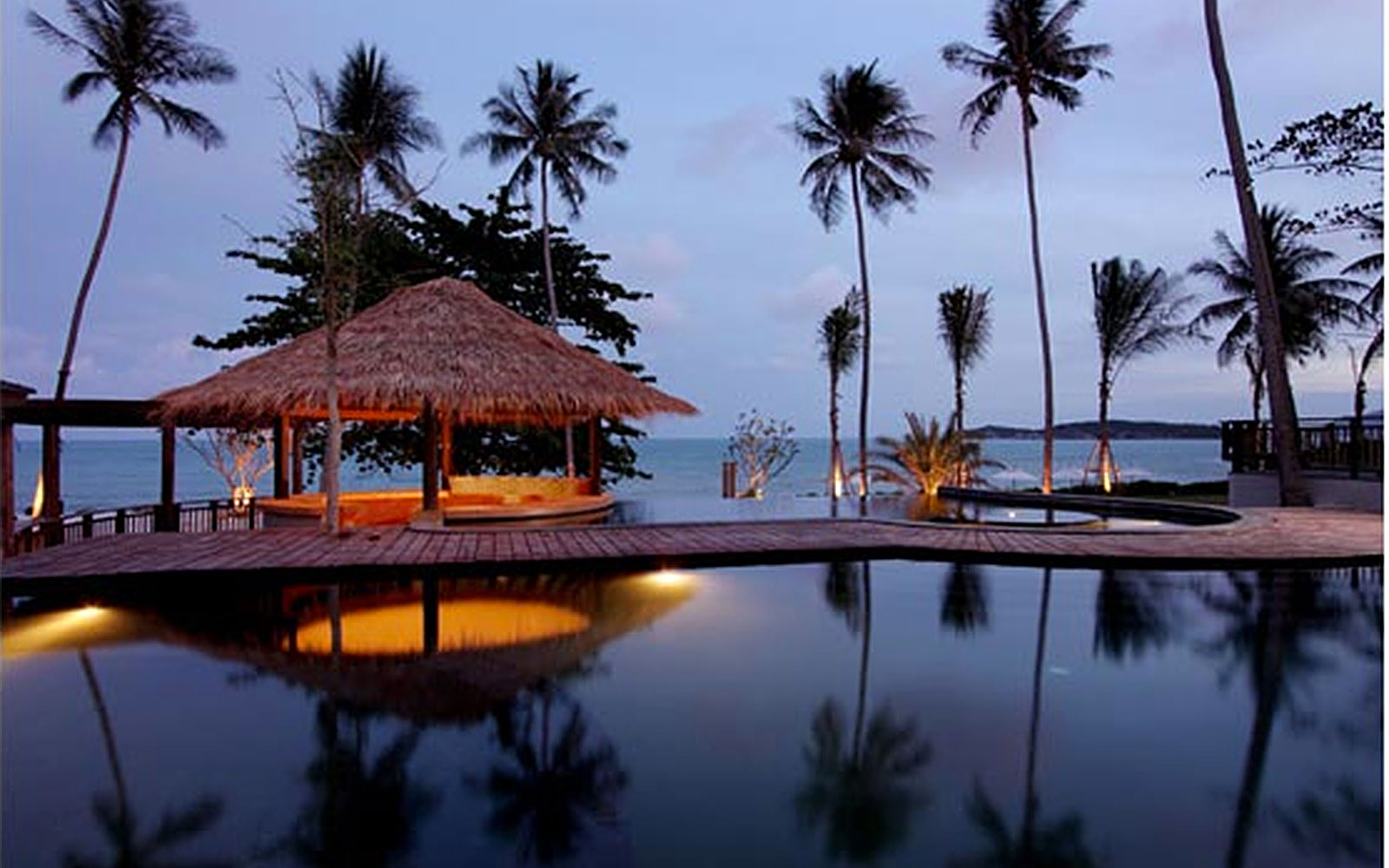best affordable beach resorts: Akaryn Samui