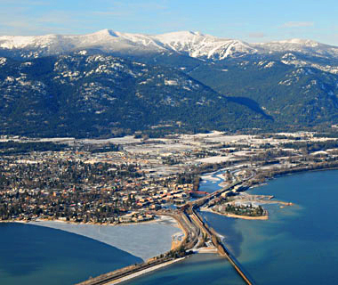 America's Prettiest Winter Towns: Sandpoint, ID