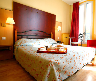 affordable Paris hotels: Hotel des Arts Bastille