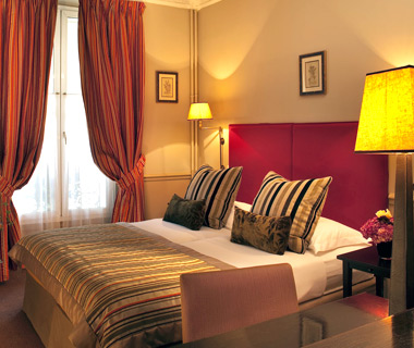 affordable Paris hotels: Saint Thomas d'Aquin